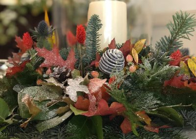 table display wreath around candle_autumn_ceremony_Blue Boar birthday party_Enchanted Floristry