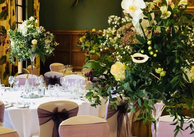 tall table displays_white_winter_table_Enchanted Floristry_Eynsham Hall