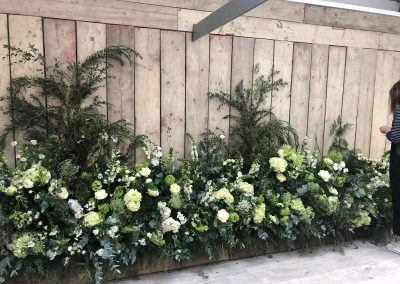 foam free floral display_white_spring_venue_Enchanted Floristry_Philippa Craddock course